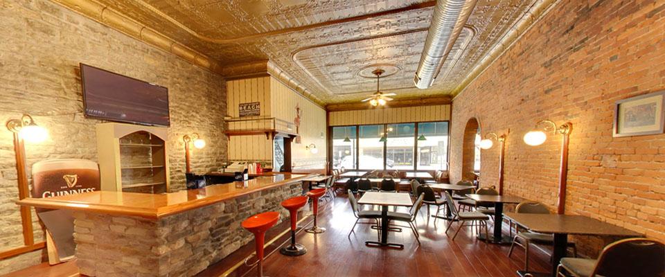Dalys Pub - Side Room - Sandusky